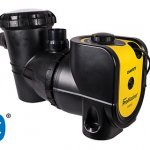 Bavey ProMaster pool pump with Bluetooth against a white background.